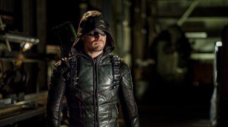 Arrow: Marc Guggenheim anticipa un nuevo traje para un misterioso personaje