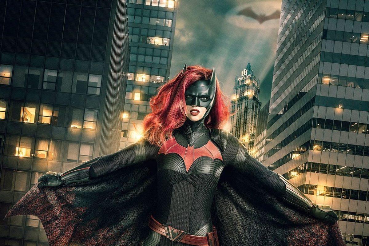 La serie de Batwoman suma a la madrastra de Kate Kane