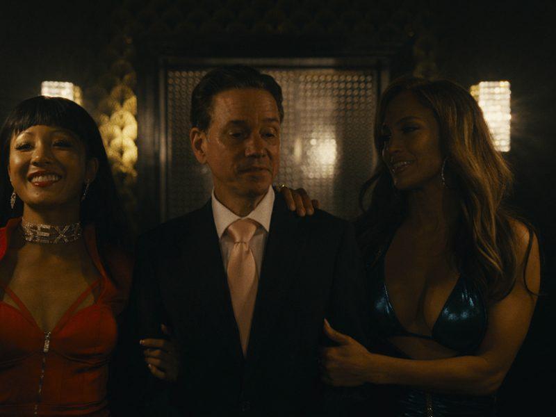 Jennifer Lopez protagoniza el trailer de Hustlers