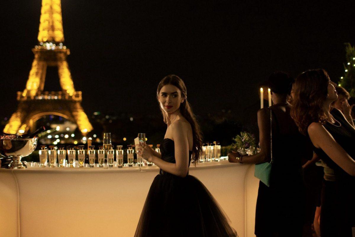 Emily in Paris estrena su trailer completo