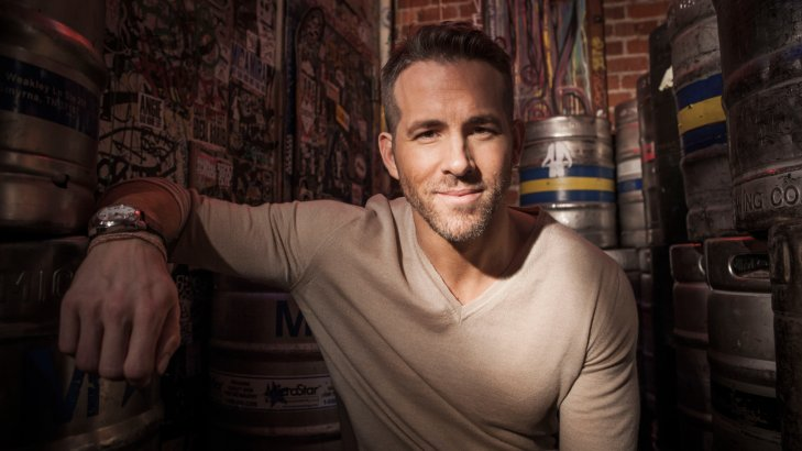 Ryan Reynolds filma a su co-estrella de The Adam Project recitando un monólogo de Deadpool