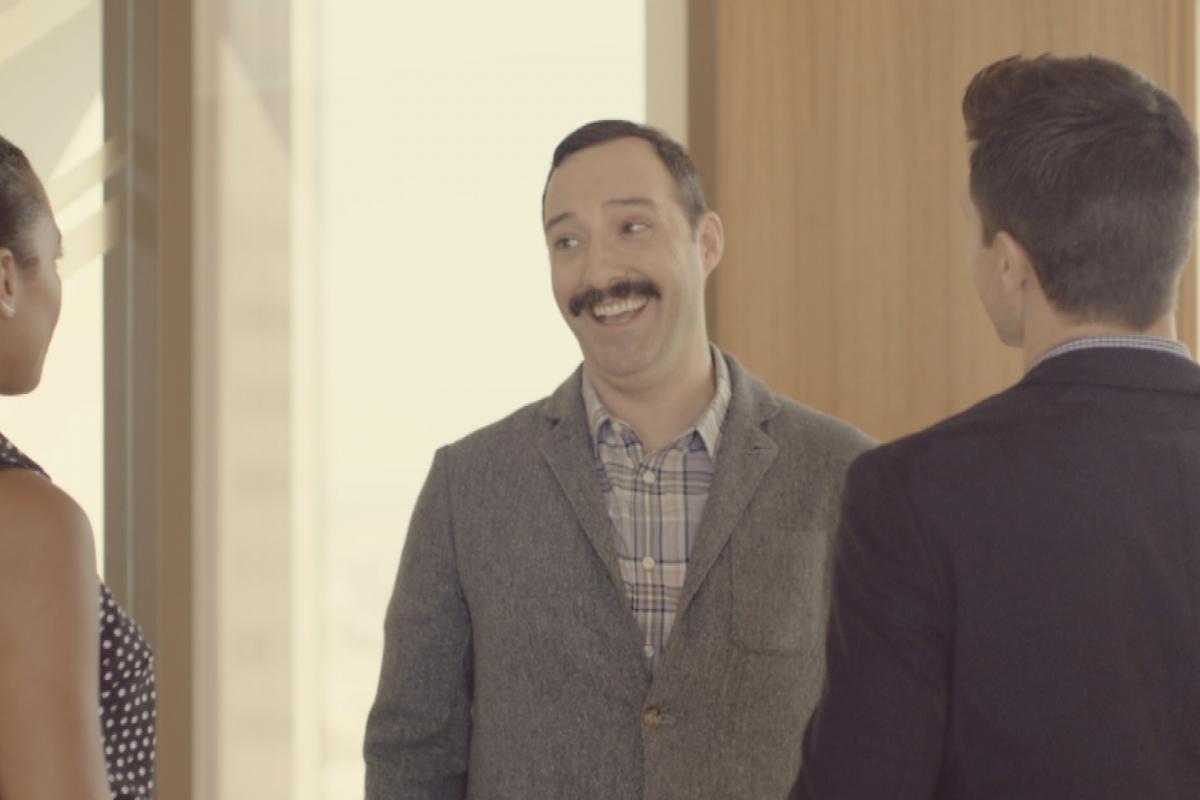 Tony Hale protagoniza el trailer de Eat Wheaties!