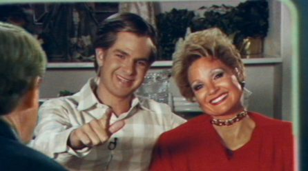 Jessica Chastain y Andrew Garfield protagonizan el trailer de The Eyes of Tammy Faye