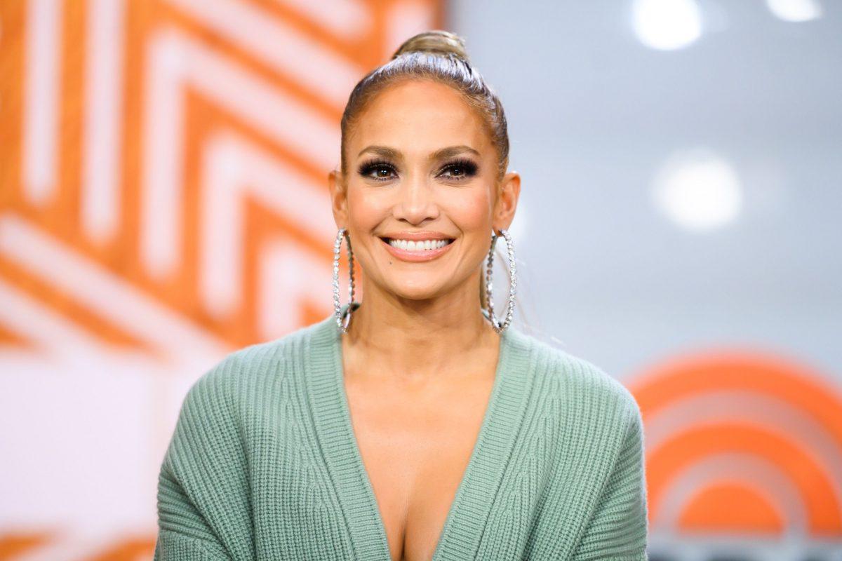 Jennifer Lopez prepara nuevas películas y series con Netflix