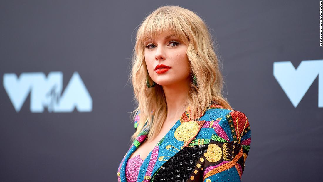 Taylor Swift se suma a lo nuevo de David O. Russell