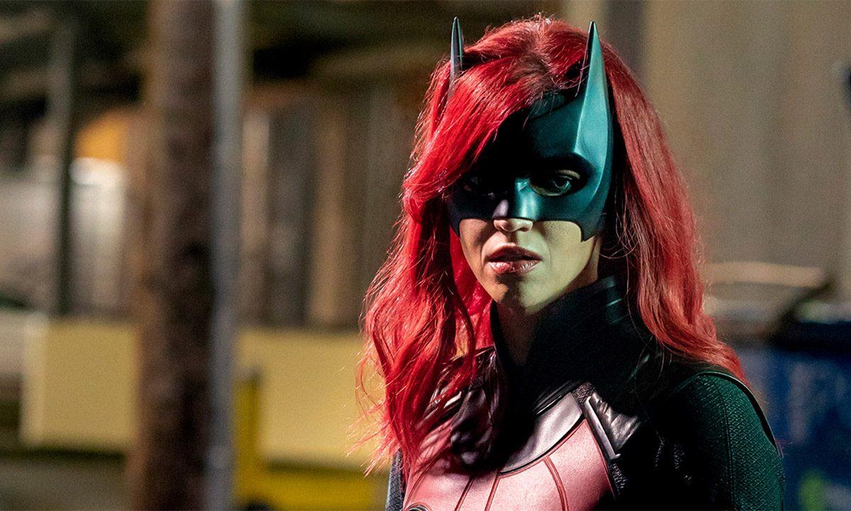 Batwoman – Ruby Rose explica su salida de la serie, acusando a actores y productores de abuso